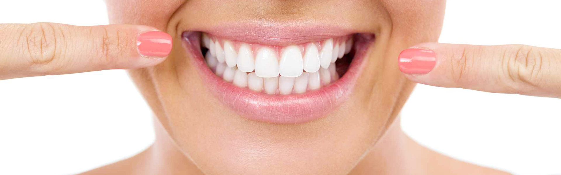4 Reasons to Go to a Dentist for Teeth Whitening